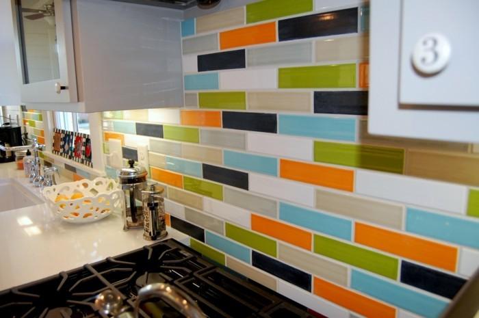 metrofliesen farbige wandfliesen küche