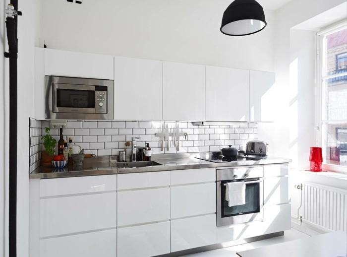 metrofliesen küchenrückwand küche einrichten ideen