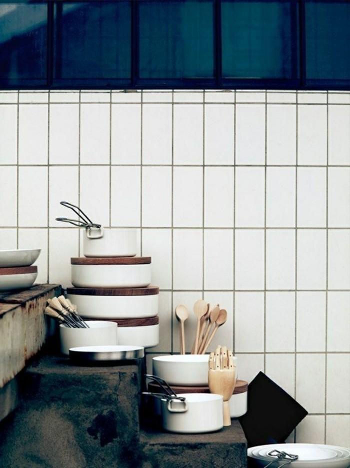 metrofliesen modernes wanddesign küche einrichten ideen