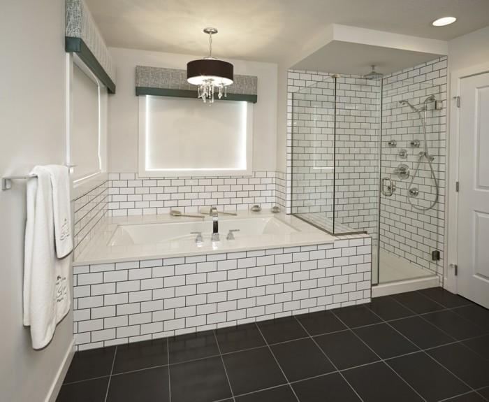 metrofliesen badezimmer dunkler bodenbelag duschkabine