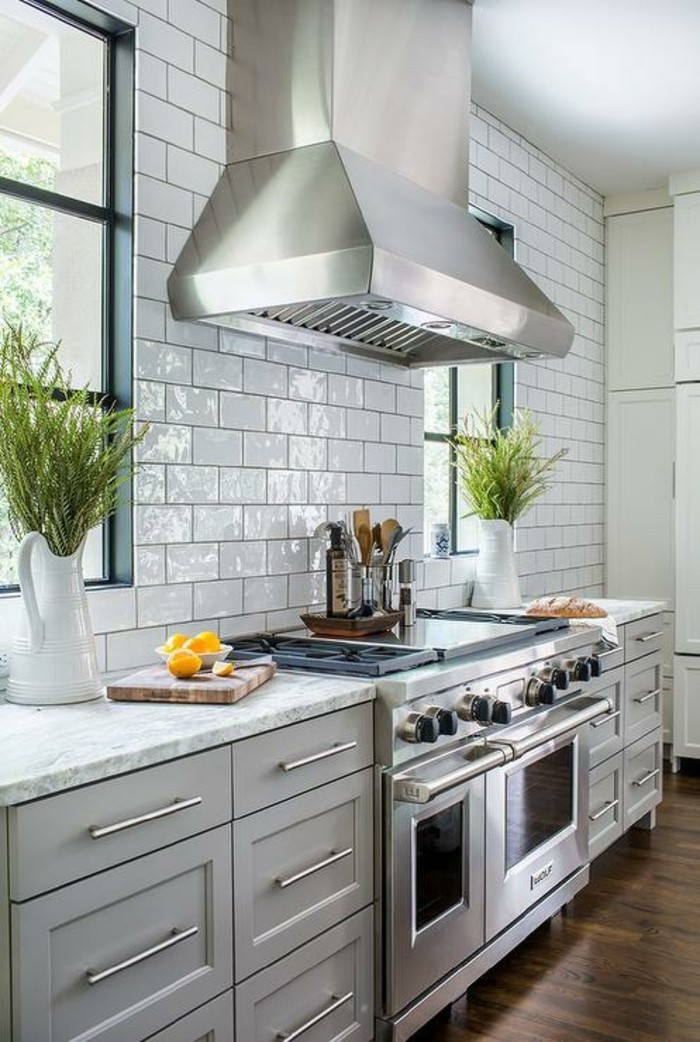 metrofliesen weiße wandfliesen küche gestalten ideen
