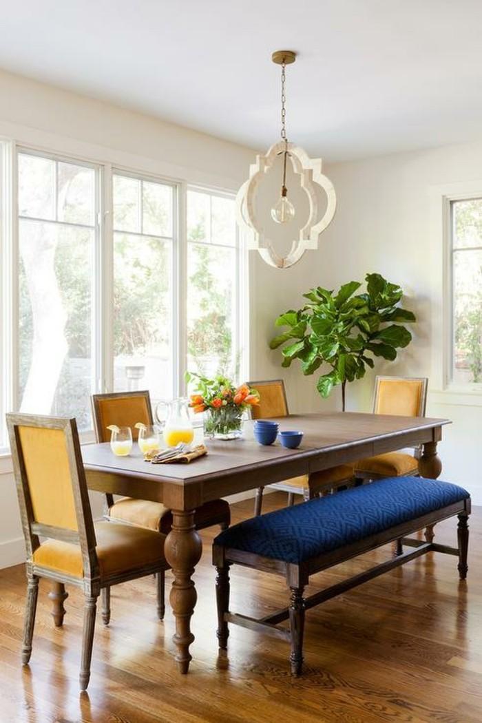 moderne stühle esszimmer stilvolle gelbe stühle blaue sitzbank
