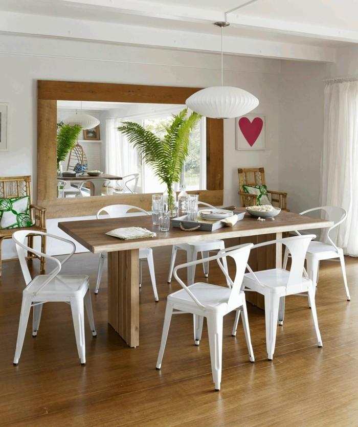 moderne stühle esszimmer weiße stühle wandspiegel