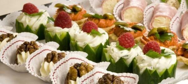 party fingerfood ideen mit obst gemüse nüssen