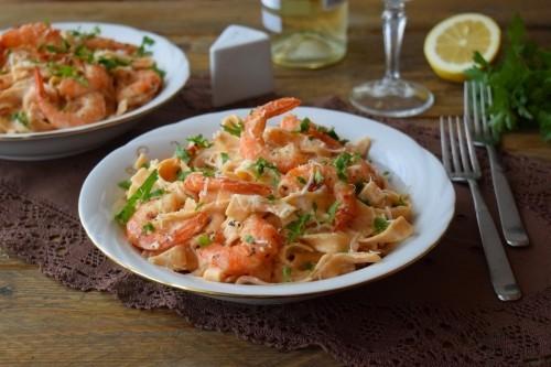 pasta mit alfredo soße diy valentinstag