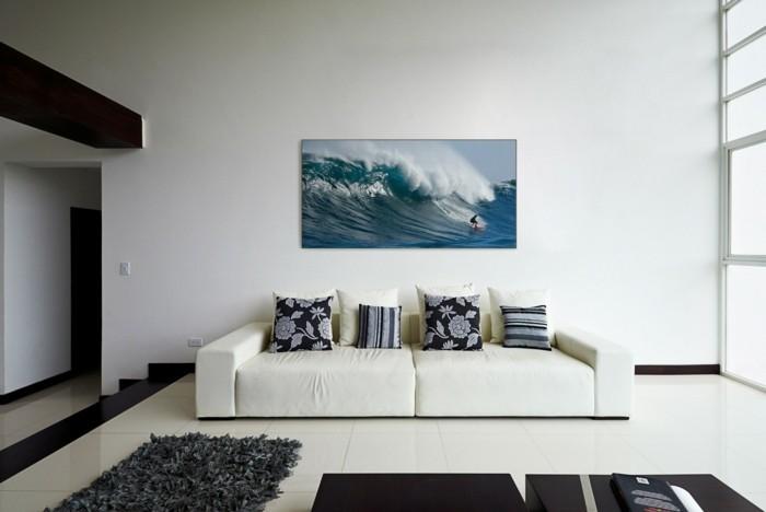 raumakustik verbessern wandbild surfing weißes sofa wohnzimmer