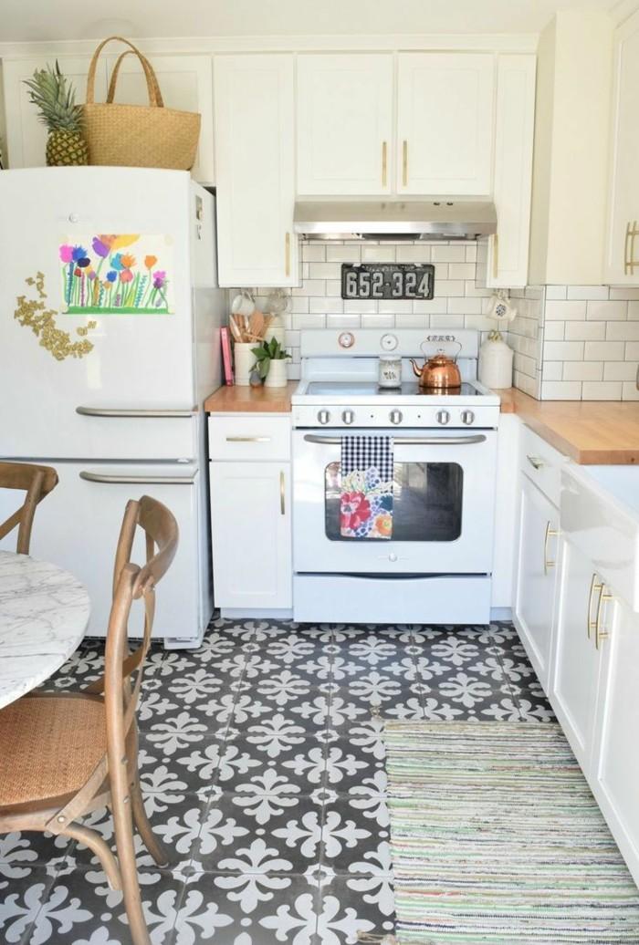 retro fliesen bodenbelag küche weiß schwarz