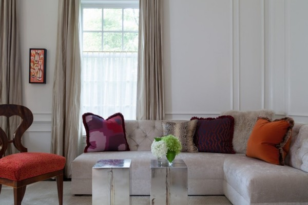 rot rosa dekokissen ideen graues sofa