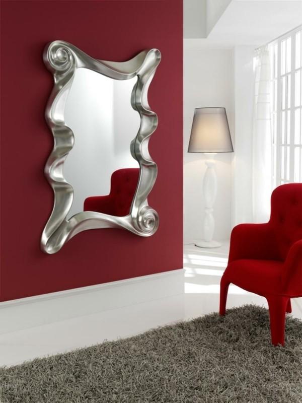 rote akzentwand wandspiegel deko ideen
