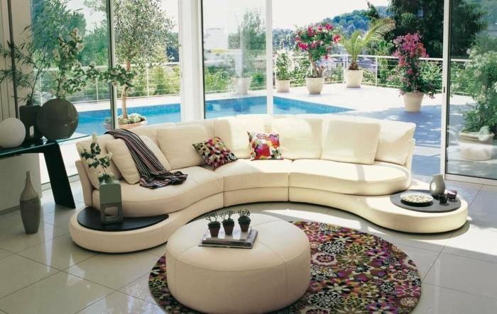 rundes sofa beiges design farbiger runder teppich