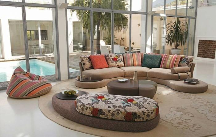 rundes sofa farbige wohnzimmermöbel runder teppich