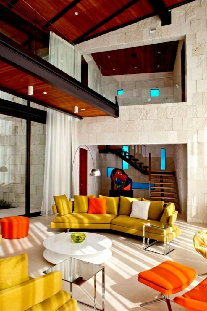 rundes sofa schönes wohnzimmersofa gelb farbige möbelstücke
