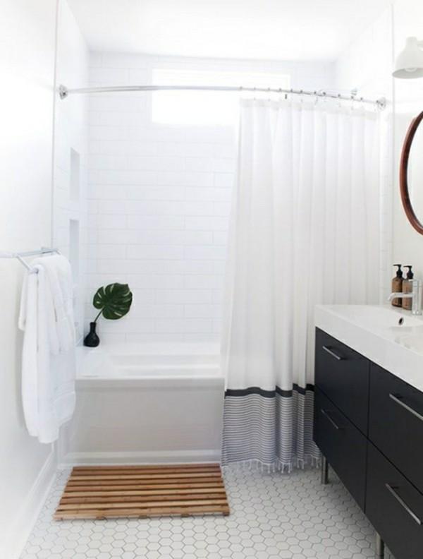 sehr helles badezimmer einrichtung