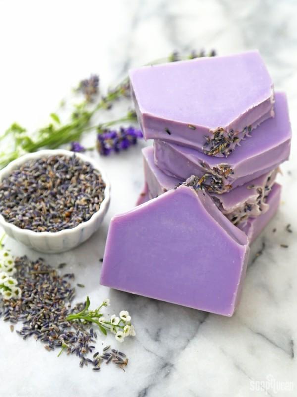 seife selber machen lavendelblüten diy geschenkideen