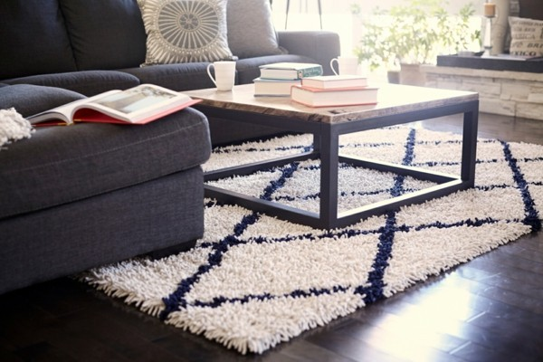 zimmer einrichten schickes wohnzimmersofa marokkanischer teppich