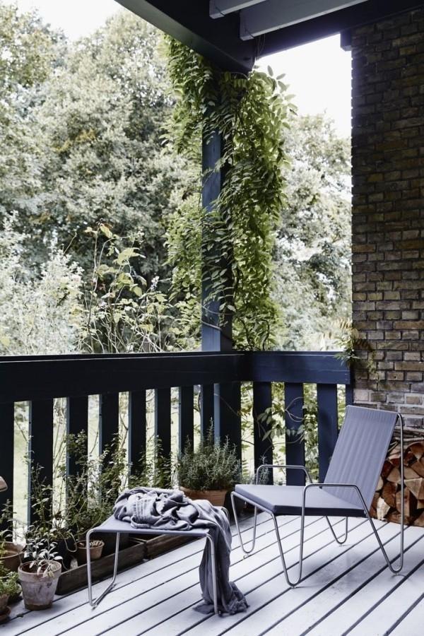 Balkon bepflanzen mit Hängepflanzern