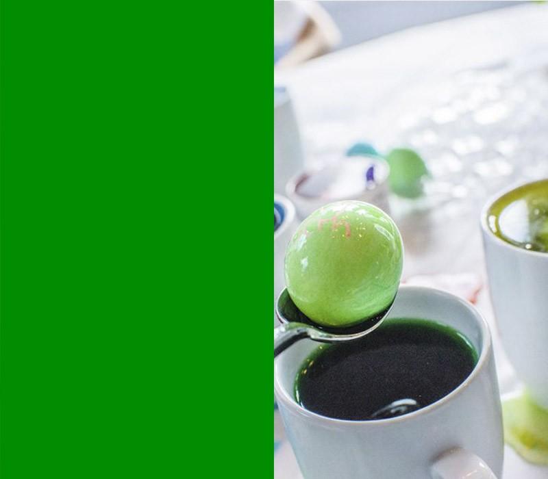 Bedeutung der Farben Ostereier färben grün