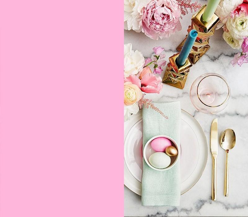 Bedeutung der Farben schön dekorierter Festtisch frohe Ostern