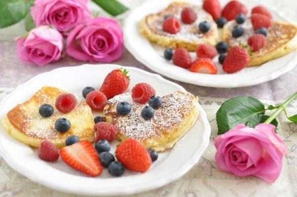 Geschmackvolles Frühstück am Valentinstag zu zweit genießen