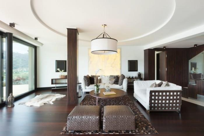 Modernes Wohnzimmer Mahagoni Parkettboden