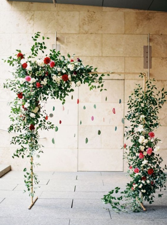 Wandgestaltung Ideen Bogen aus Pflanzen