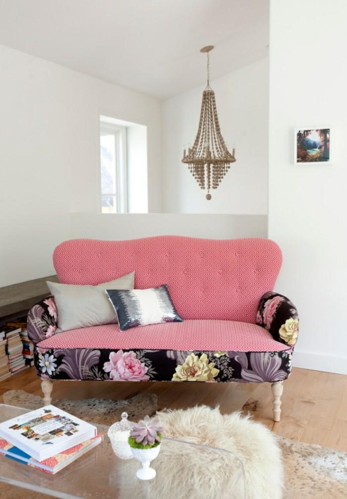 designer sofa als rosa akzent