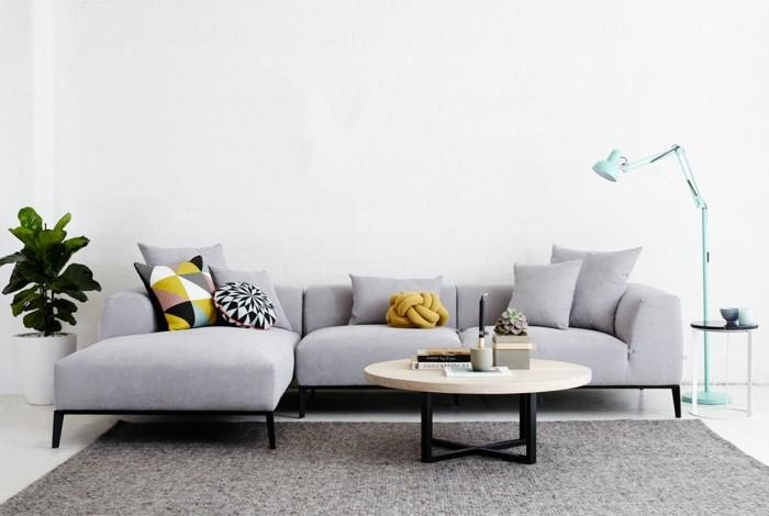 designer sofa niedriges weißes modell