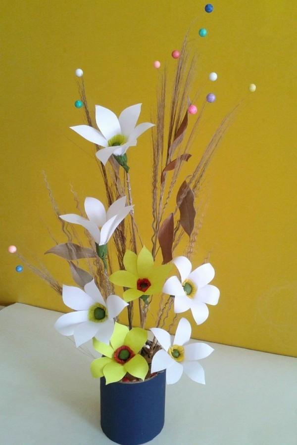 diy ideen deko papierblumen vase
