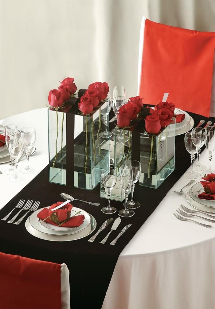 esstisch dekorieren eleganter look schwarz weiß rot kombinieren
