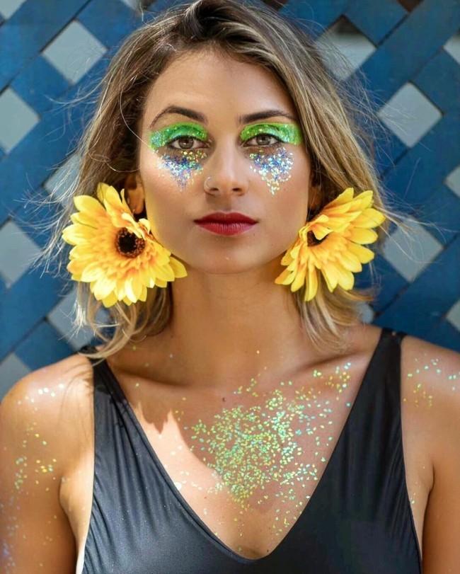 glitzer make up grüne augenschatten karneval schminken fasching