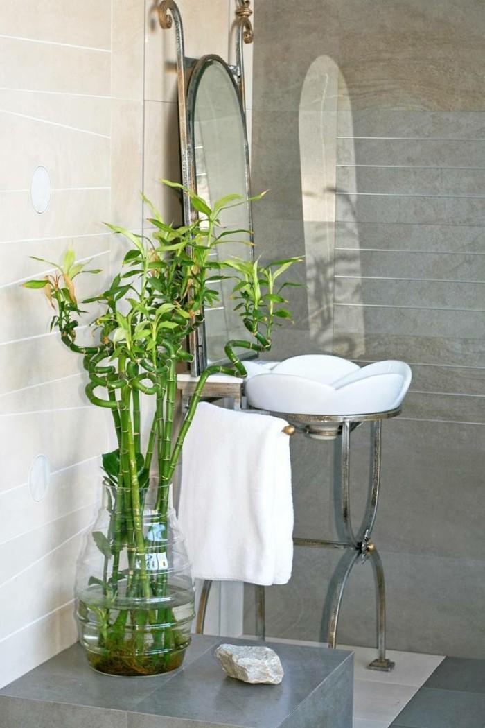 gruene pflanzen badezimmer gestalten bambusbaum