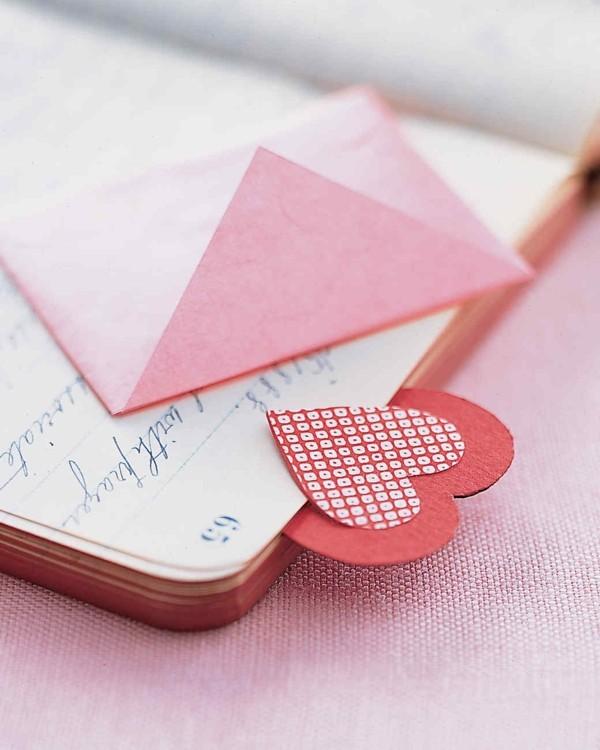 lesezeichen basteln herz valentinstag ideen