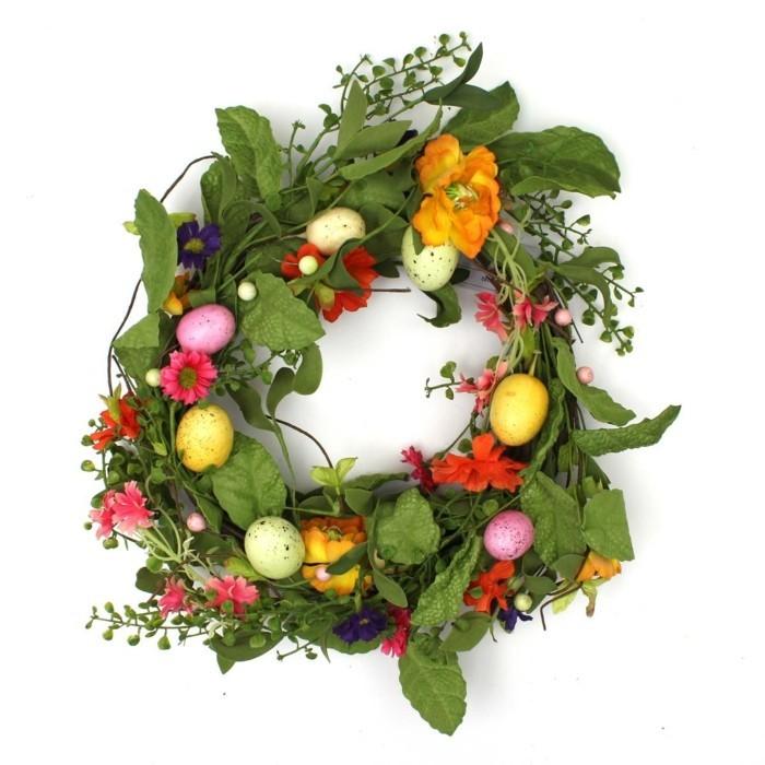 osterkranz basteln viel grün frische frühlingsblumen