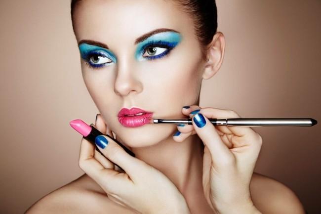 perfektes karneval make up gesicht schminken fasching