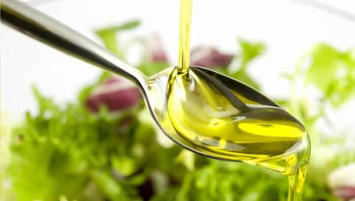 salat gesundes fett olivenöl tipps zum abnehmen