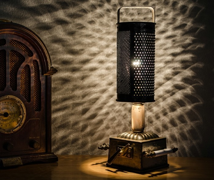 upcycling ideen diy lampen reibe