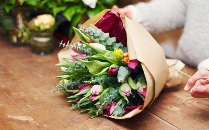 valentinstag blumen blumenstrauß tulpen