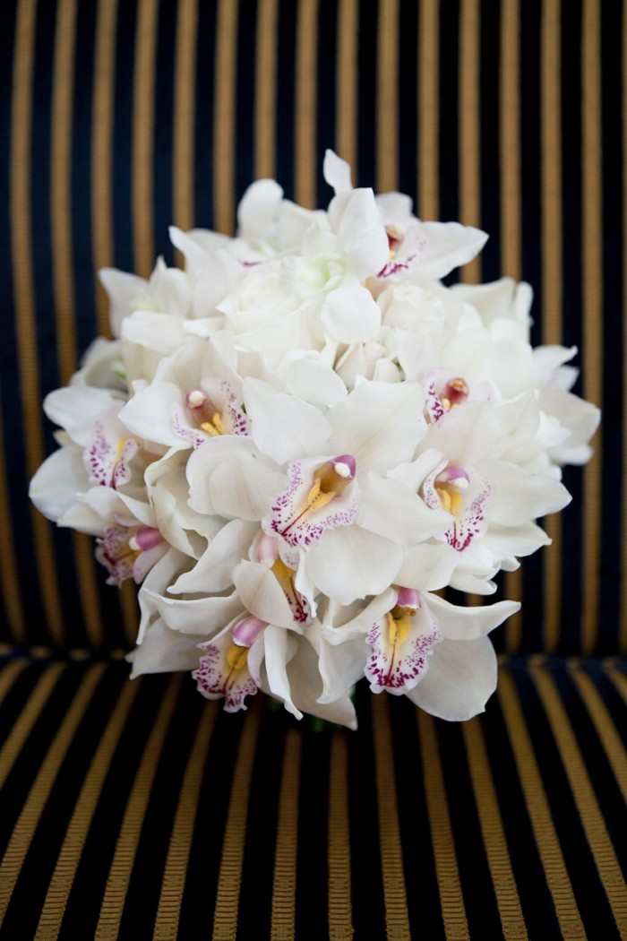 valentinstag blumen orchideen verschenken