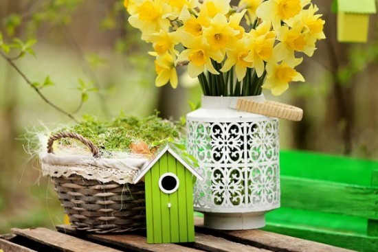 Frühlingsdeko Osterdeko für draußen Narzissen