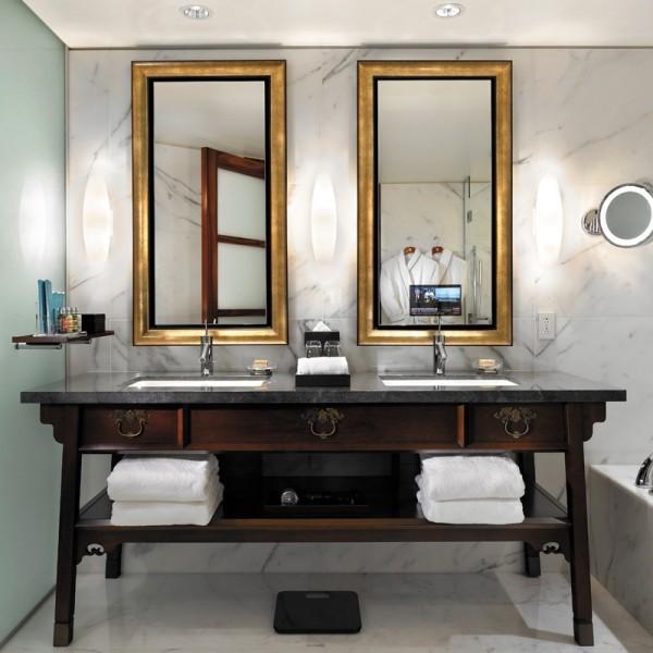 fernseher spiegel spiegel fernseher vor und nachteile. Black Bedroom Furniture Sets. Home Design Ideas
