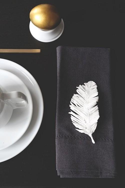 Tisch im skandinavischen Stil