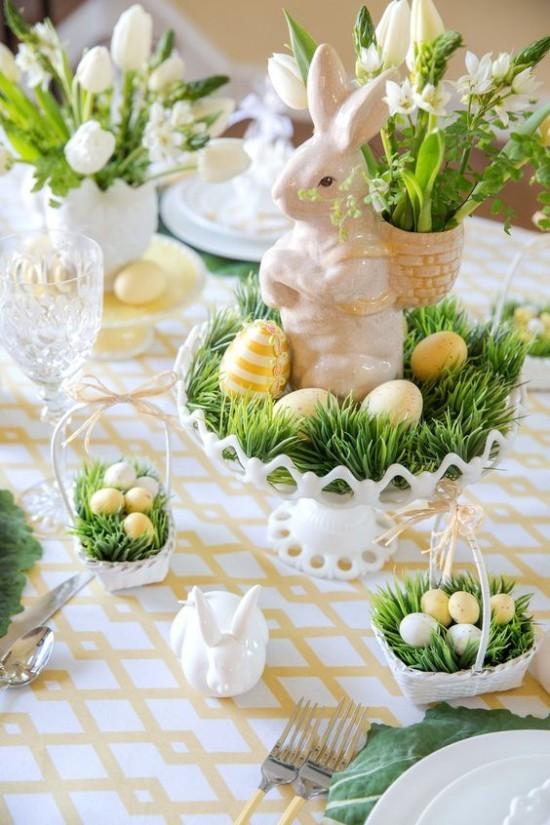 Tischdeko Ostern Ostereier sanfte Farben Gras