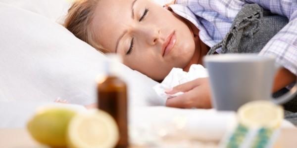 aufgeschnittene zitrone tee tipps zum einschlafen