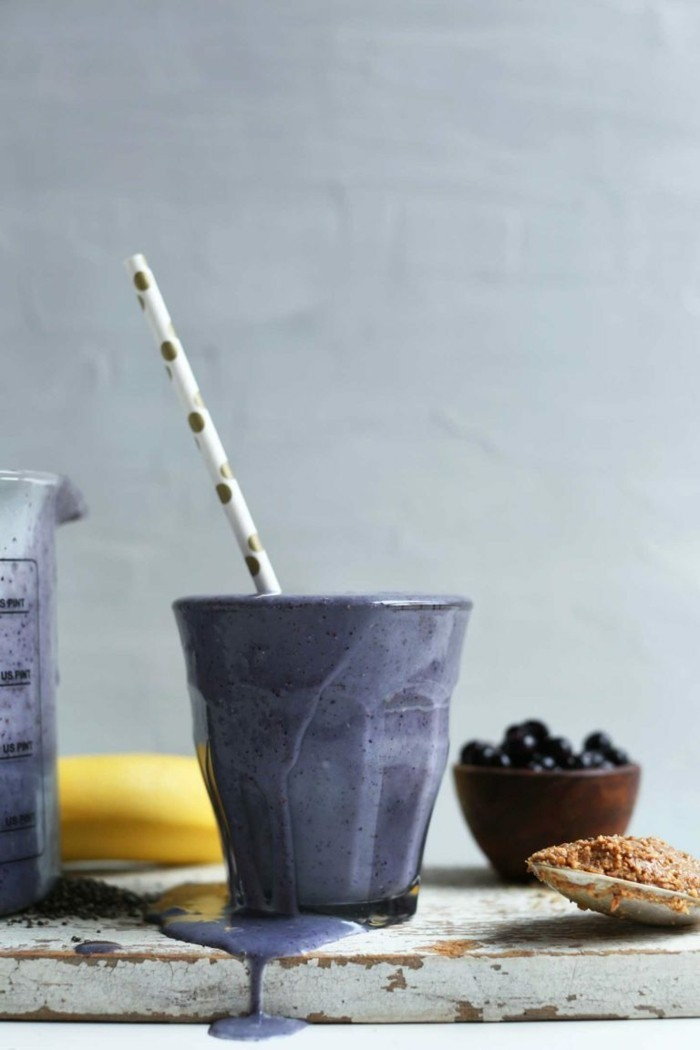 blaubeeren smoothie veganes frühstück