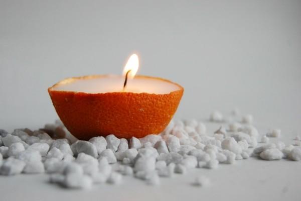 deko ideen kerze in orangenschale