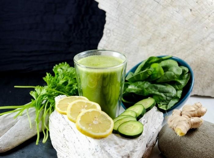 detox kur zitronenwasser gurke ingwer spinat petersilie