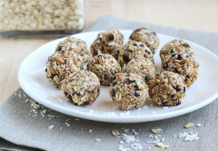 energy balls rezept haferflocken shokolade samen nüsse protein snack