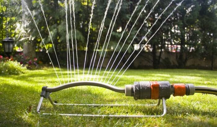 gartengeräte passende gartenbewässerung besorgen
