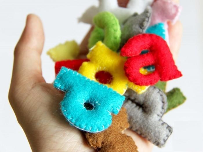 katzenspielzeug basteln buchstaben