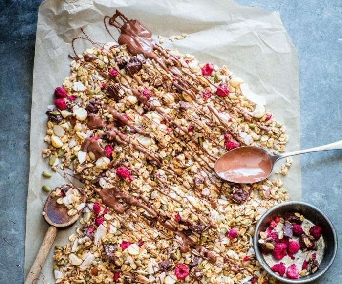müsli gebacken mit schokolade veganes frühstück ideen
